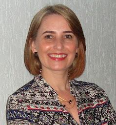 Adelita Fátima de Almeida Psicóloga - CRP. 06/106407