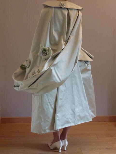 Robe style 18 e siècle par couturière artisan métier d'art à Versailles