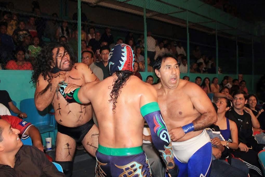 Rudeza al por mayor en la Arena Puebla