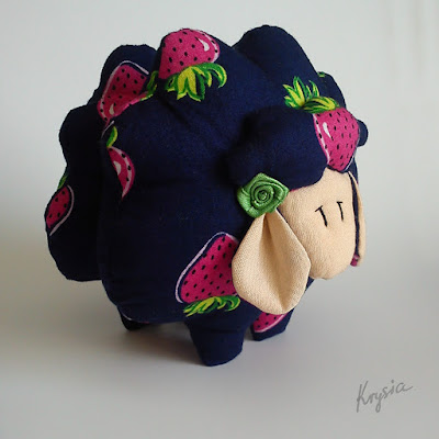 Krysia to uszyła - owieczka #48 maskotka grzechotka
