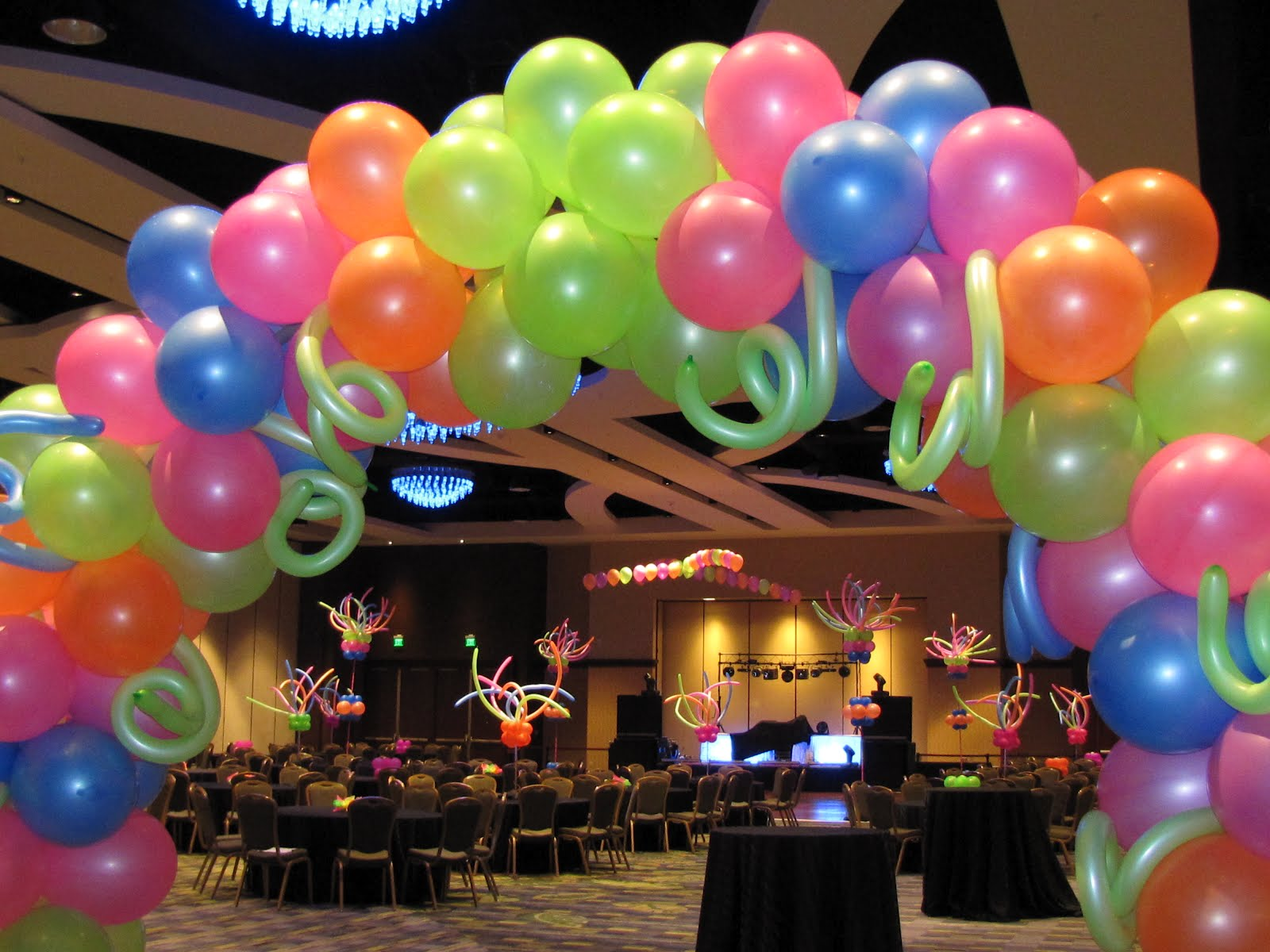 Party people event decorating company april 2012 for Balloon decoration companies