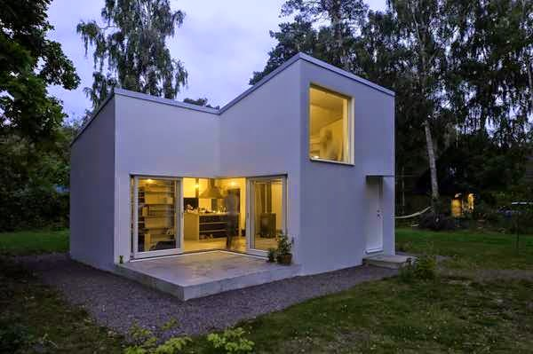 Compact casual white cube house design simple and ideal Cube house plans