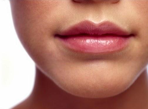 cara membuat bibir merah