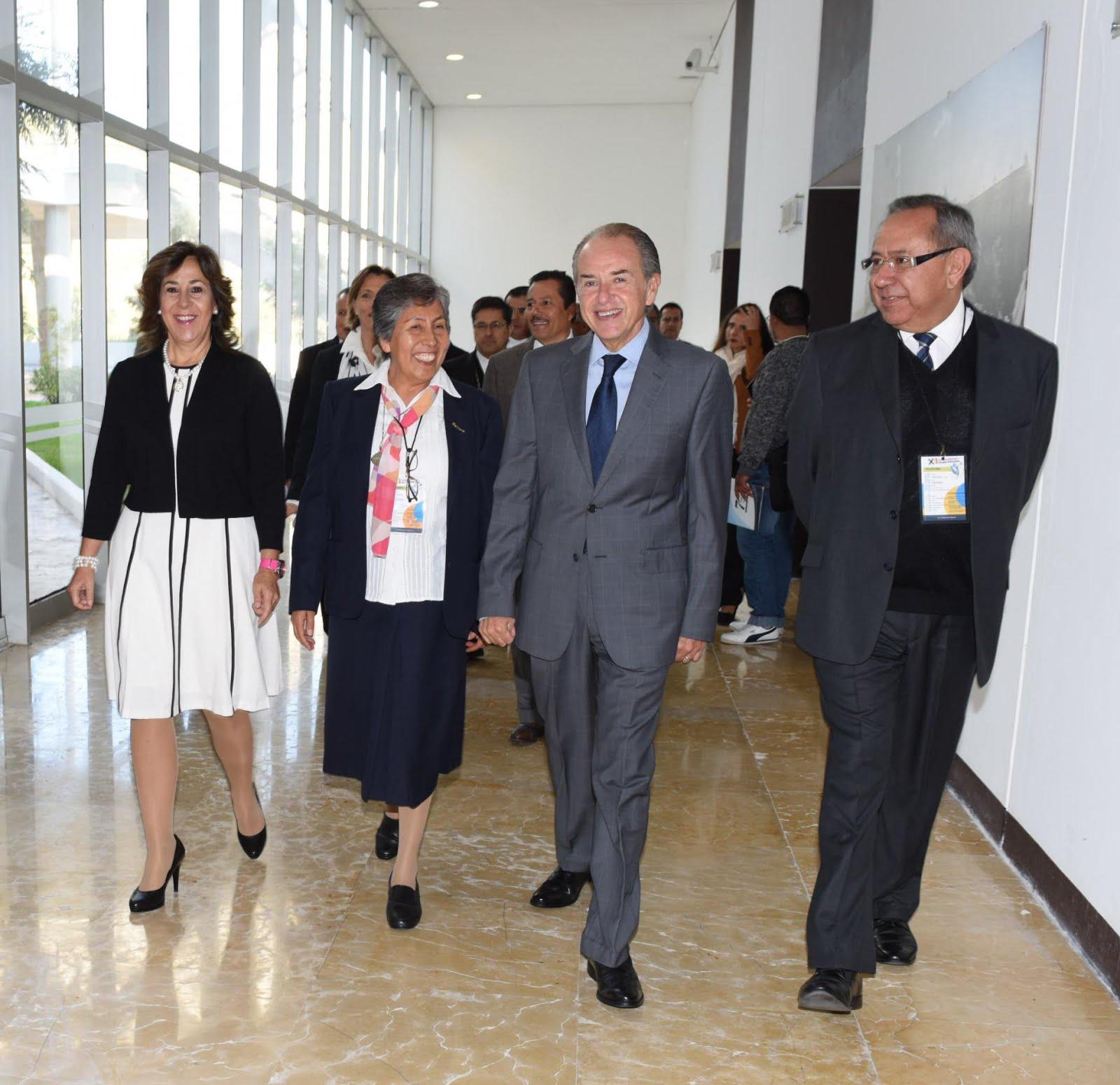 JUAN MANUEL CARRERAS INAUGURA EL XII CONGRESO NACIONAL DE ESCUELAS PARTICULARES