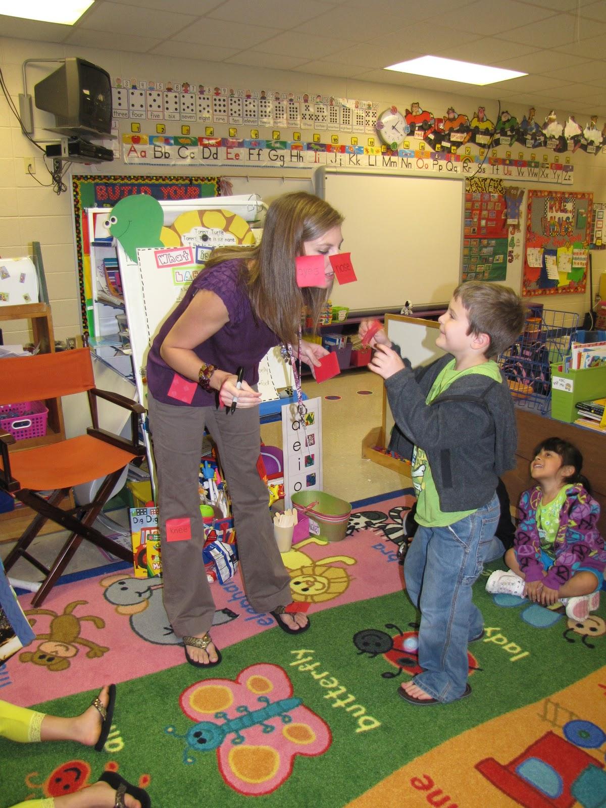 Classroom Labeling Ideas : Mrs lee s kindergarten labeling lesson