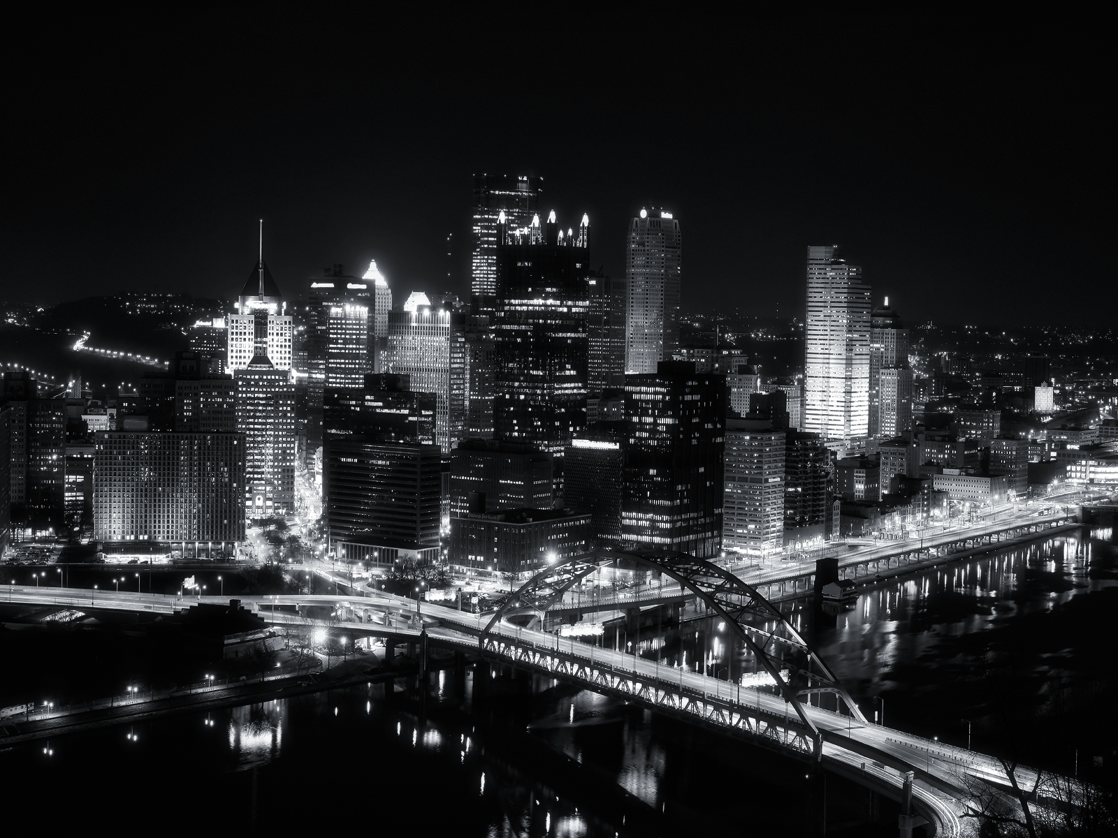 black and white city wallpaper