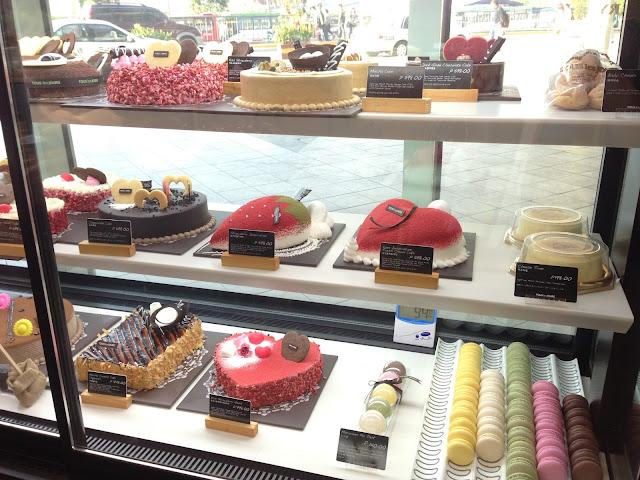 Tous Les Jours Cakes Best Seller