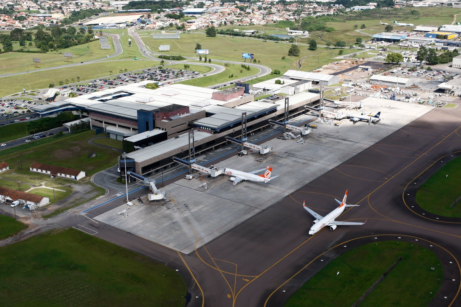 Aeroporto Afonso Pena Curitiba : Sbct newspaper aeroporto internacional afonso pena