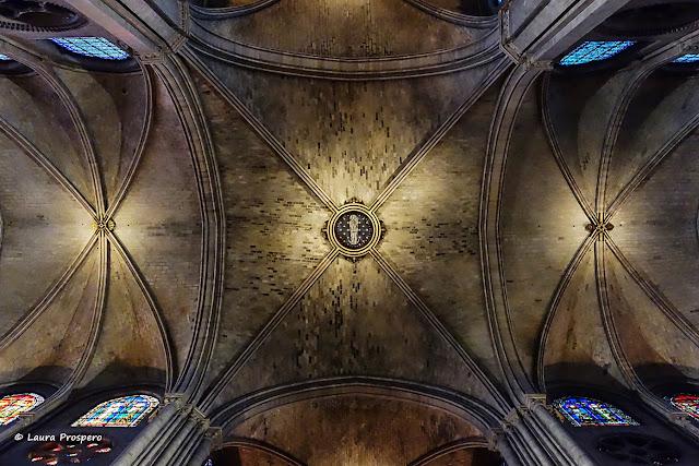plafond - notre-dame de paris © Laura Prospero