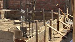 Construction des murs de ciment...on laisse sécher!