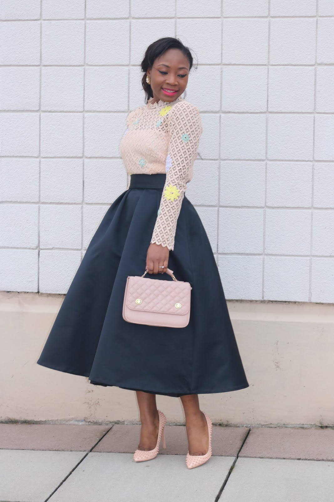 Edaowo-Fashion Blog: Lace Blouse & Full Midi Skirt