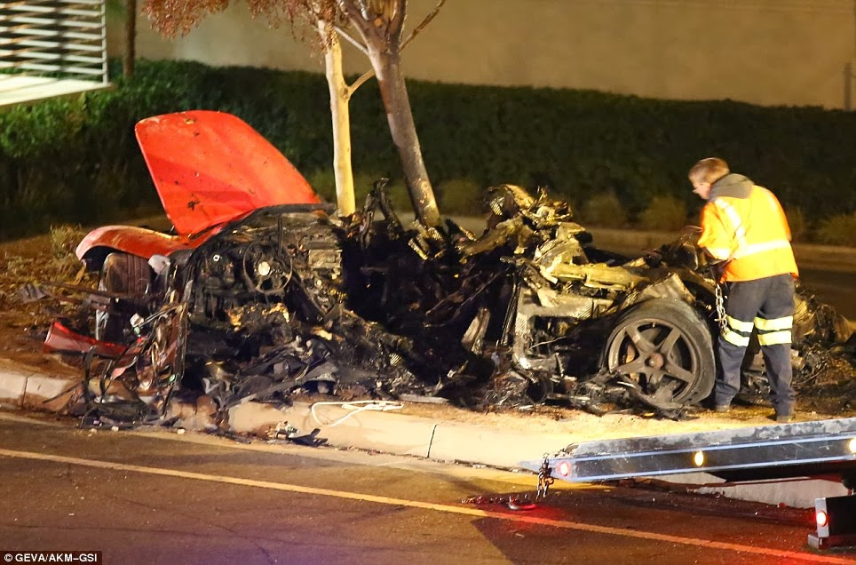 debaonline4u paul walker dead in fiery car crash photos. Black Bedroom Furniture Sets. Home Design Ideas