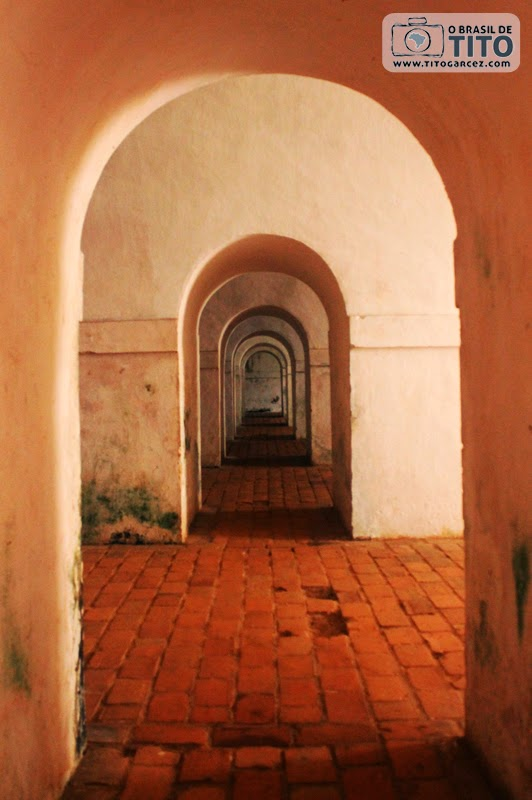 Galerias localizadas nos fundos da Fortaleza de São José de Macapá, no Amapá