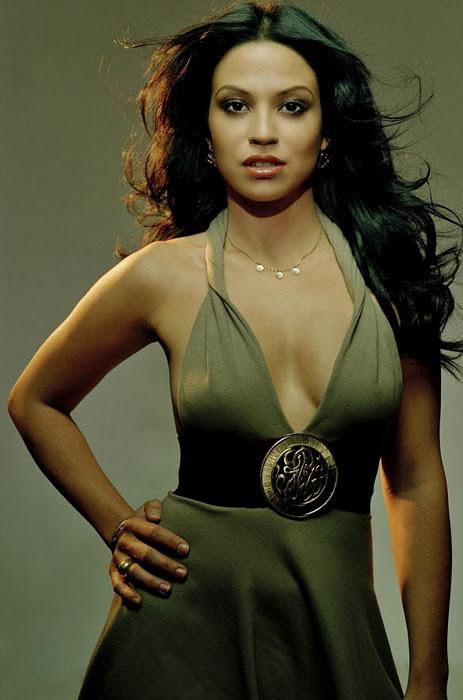 Hot Celebrities: Nawi Rawat Hot Boops Gallery