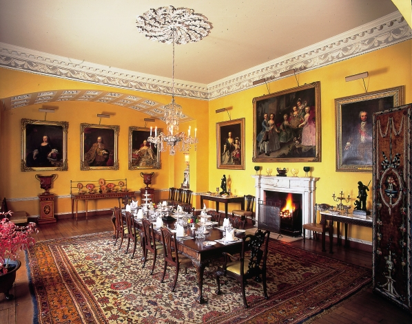 Period pieces and portraiture newby hall for Regency dining room