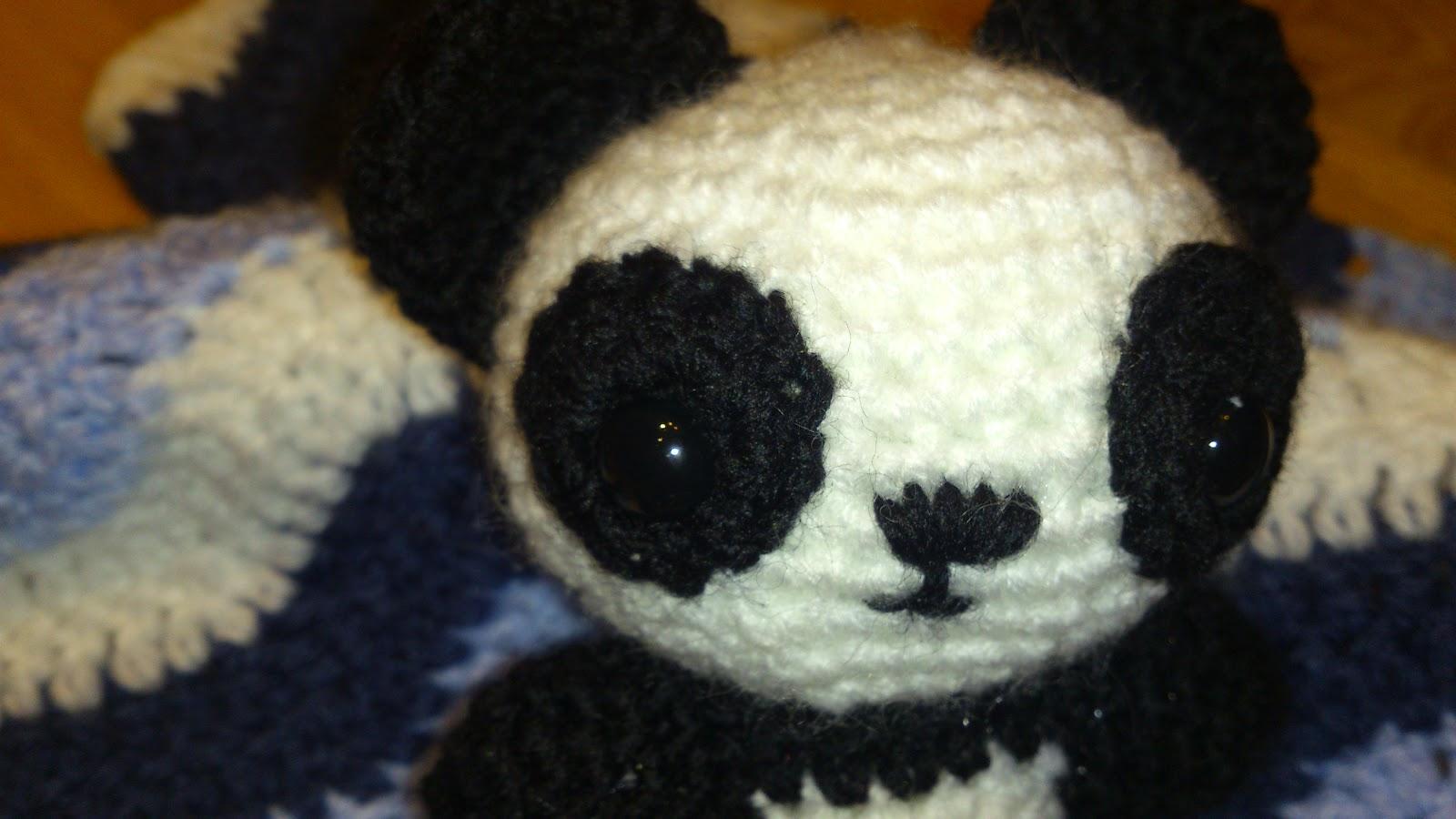 Little Sue Doll: Crochet panda challenge.