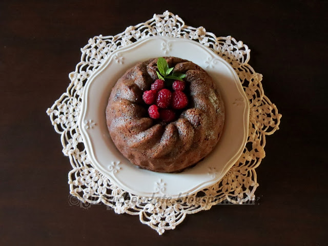 Cookie and chocolate bundt cake