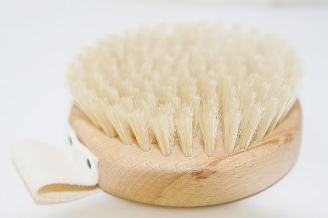 Katherine Penney Chic Dry Brushing Benefits Health Beauty