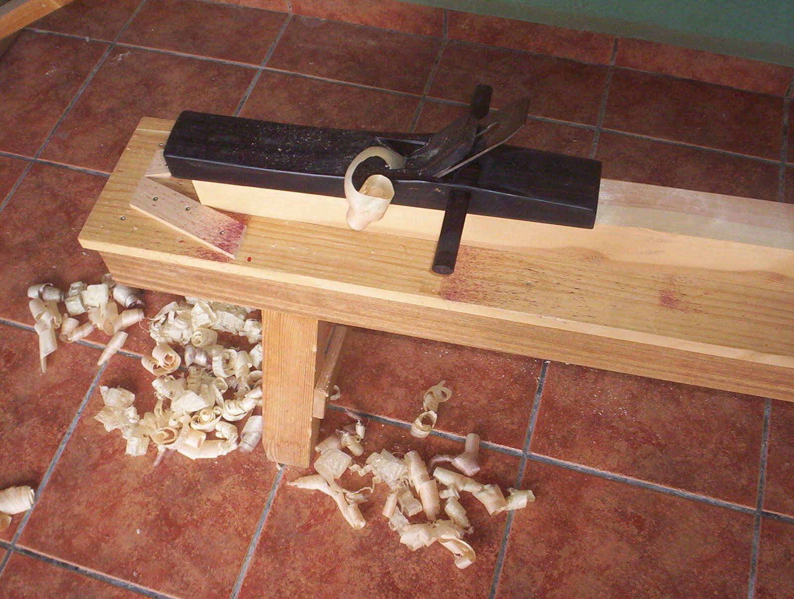 Carpinter a artesanal el taller y las herramientas for Herramientas ceramica artesanal