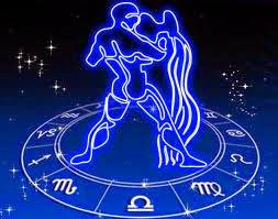 Acuario horoscopo zodiaco ezael arkano tarot