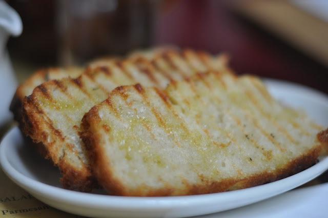 Polpo+Beak+Street+Soho+review+foccacia+bread