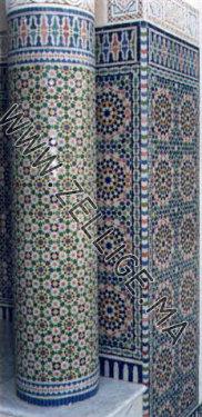 colonnes en zellige marocain du fes zelligema - Zellige Beldi Une Colonne Dans Un Salon Moderne