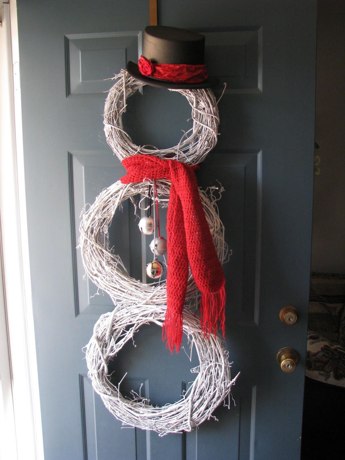 Jennspeak craft project snowman door wreath s for Craft wreaths for sale