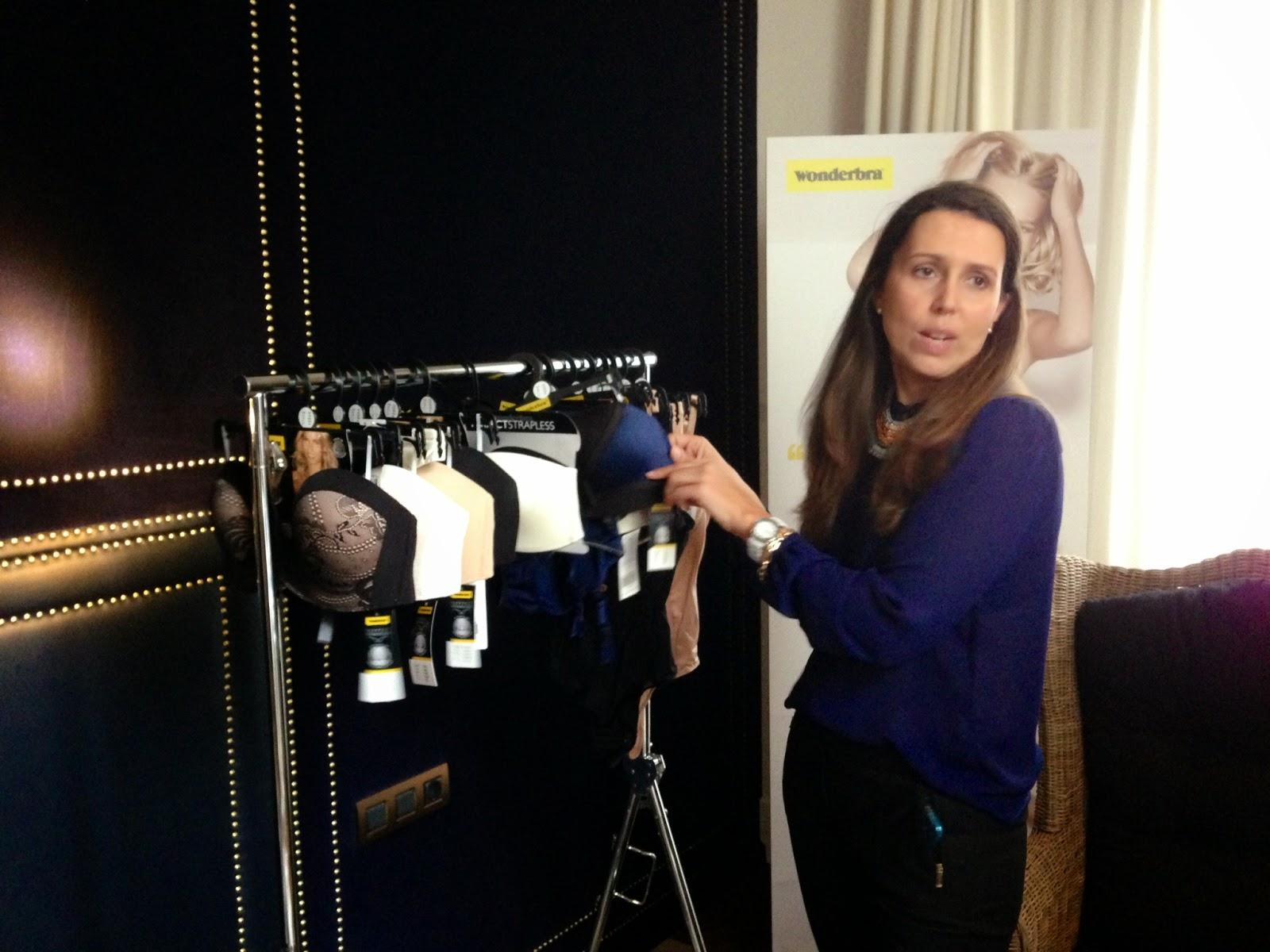 Marta Higuera nos muestra la nueva colección de Wondrebra - Foto: Amaya Barriuso