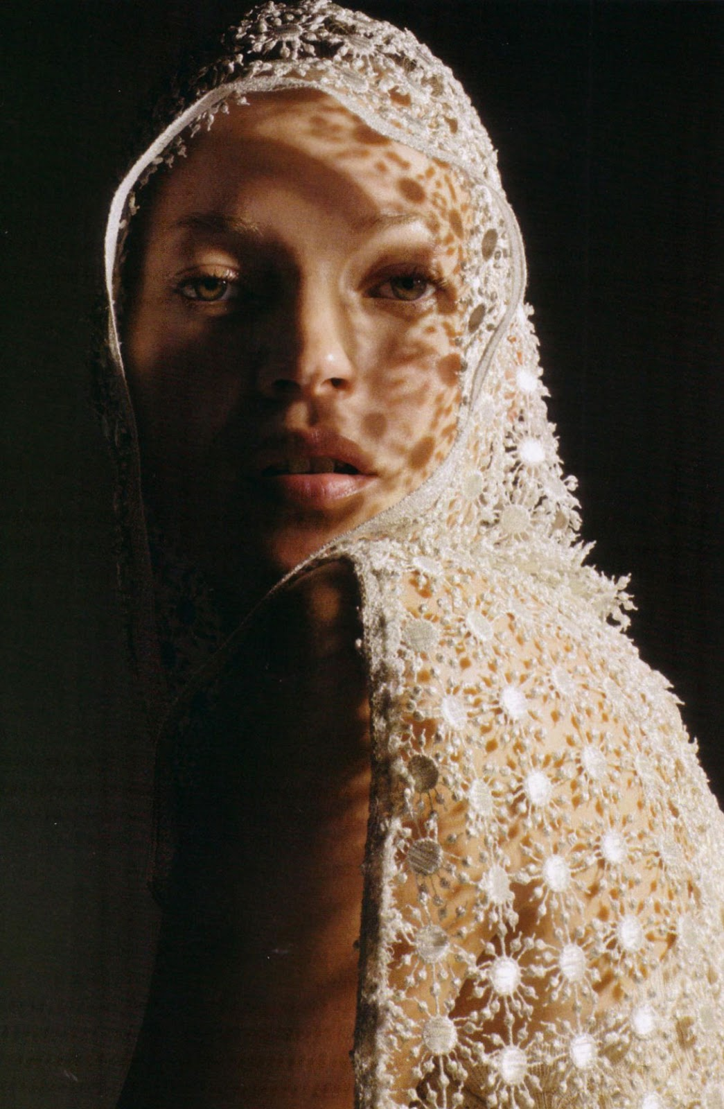 Kate Moss in The girl of a singular beauty | Vogue Italia March 2006 (photography:  Mario Sorrenti)
