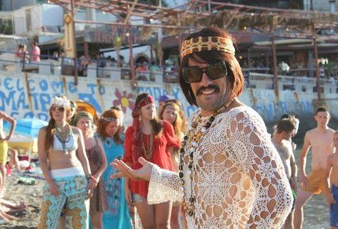 ΧΑΜΟΣ! Ο Τόνις Σφήνος αναστάτωσε τα Μάταλα!!! (ΑΠΟΚΛΕΙΣΤΙΚΕΣ PHOTOS)