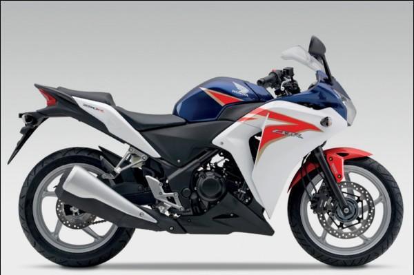 Spesifikasi New Honda CBR 150R.jpg