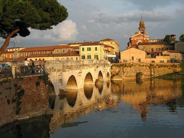ponte Tiberio Rimini