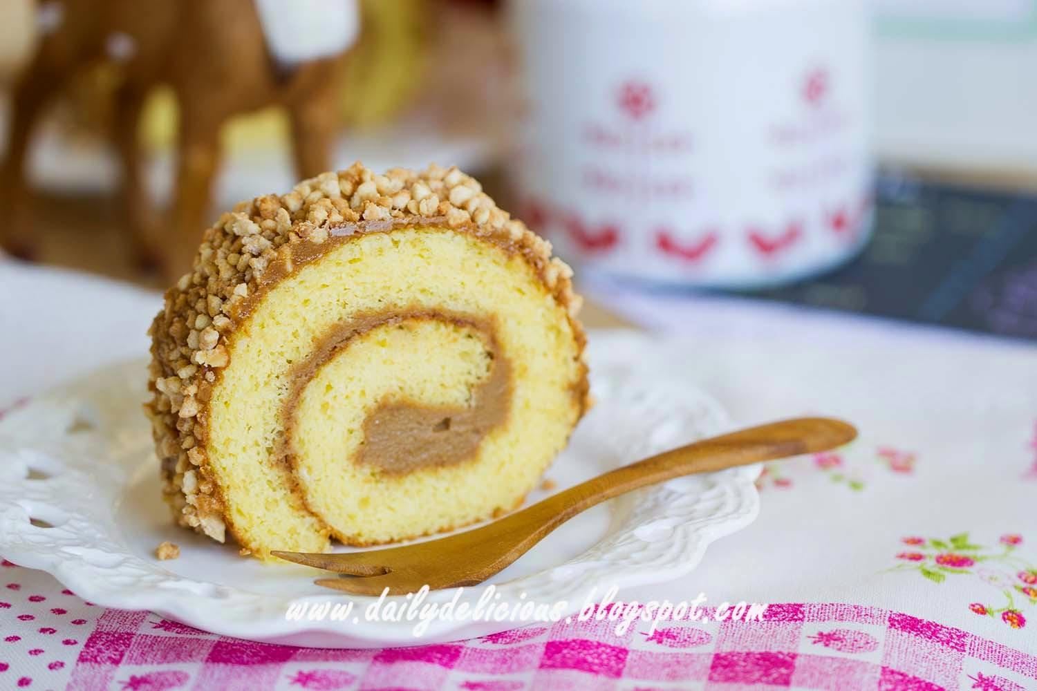 dailydelicious: Almond roll: Almond, and almond in many forms