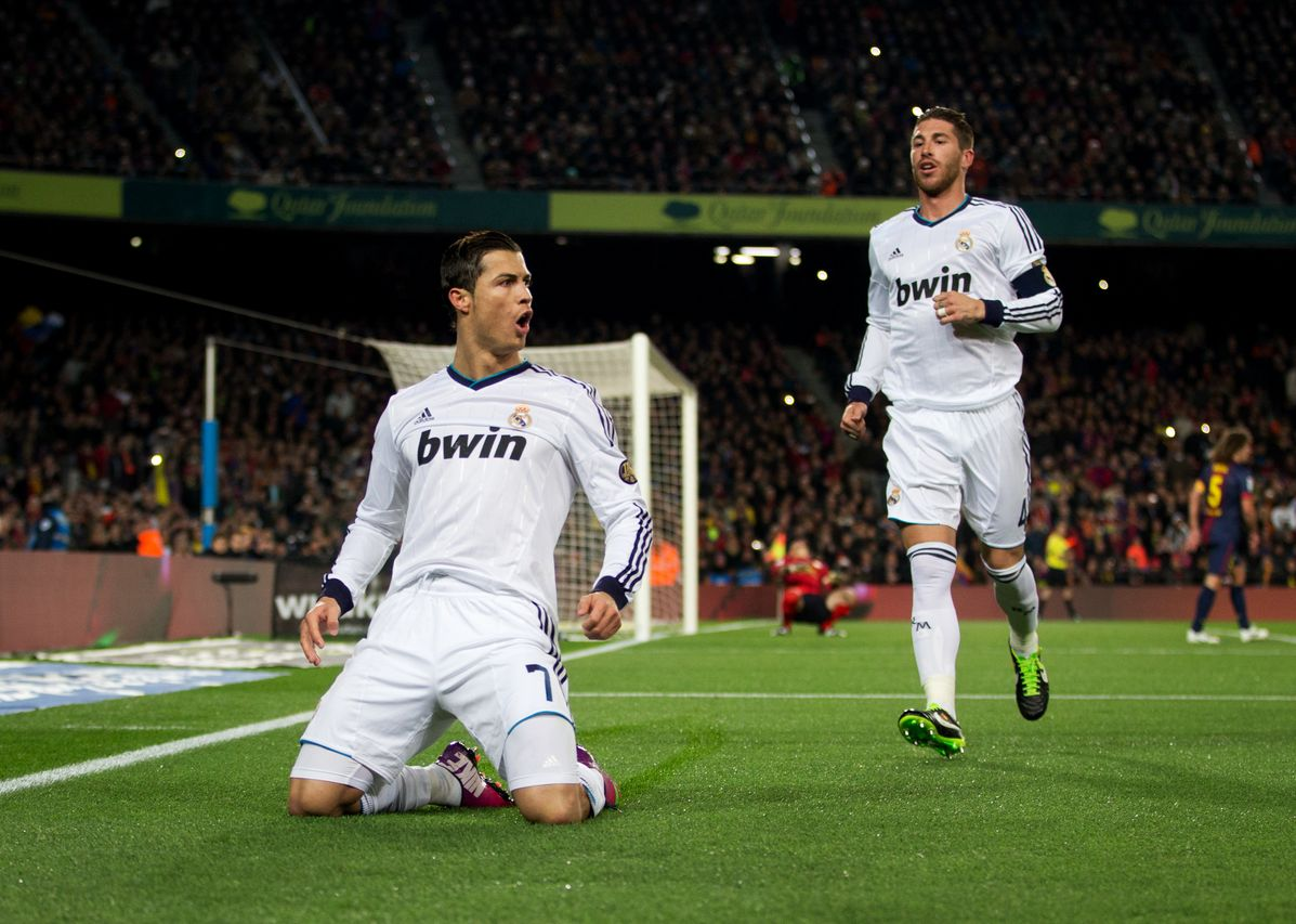 Cristiano Ronaldo 2013 HD Wallpaper Of His Celebration Vs FC Barcelona