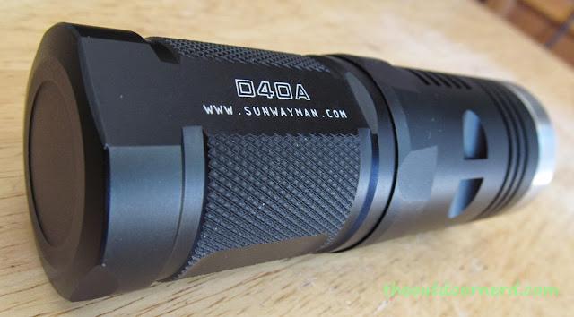 Sunwayman D40A [4xAA Flashlight] - Closeup Of Tail