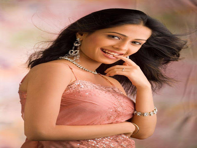 Dimple Jhangiani Best Indian Actress Wallpapers