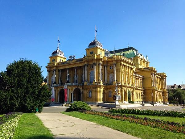Style Jaunt - A Fashionable Travel Blog: Destinations: Zagreb's Signature Colors