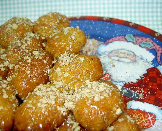 Μελομακάρονα / Melomakarona (Greek Christmas Cookies)