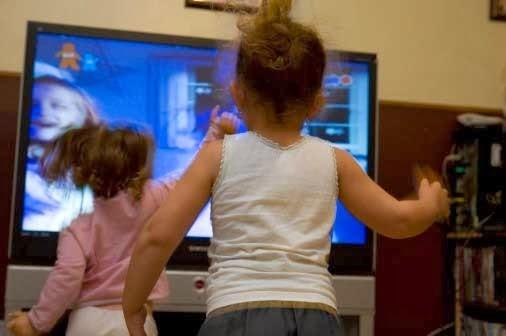 Manfaat TV Kabel Untuk Buah Hati