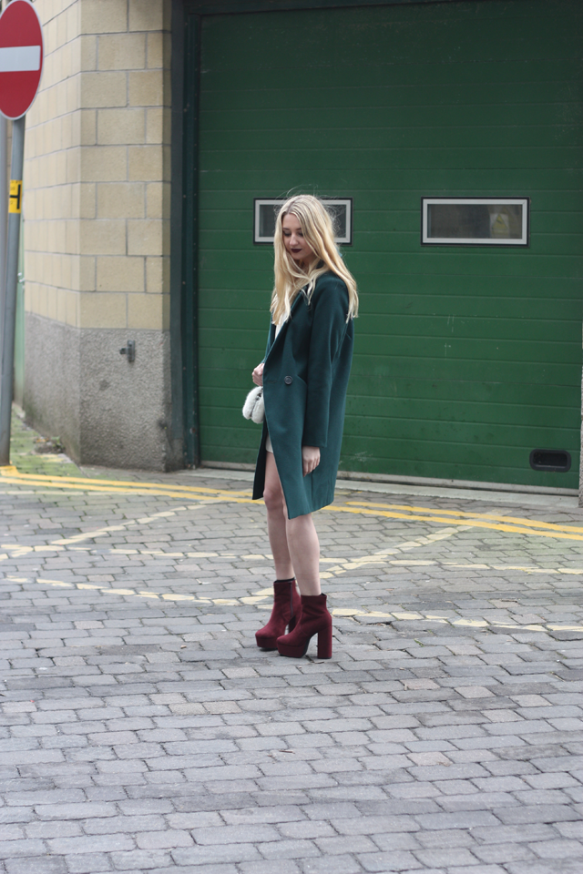 how to style green coat blog