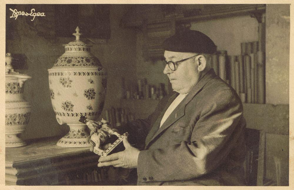 Plato antiguo de cer mica manises espa ol 1920 circa Ceramica artesanal valencia
