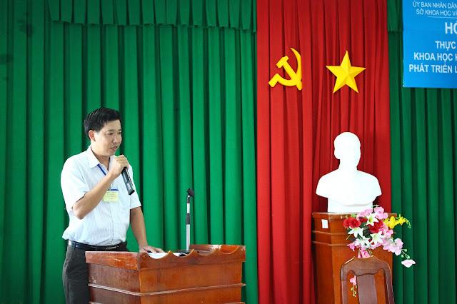 Nguyễn Ngọc Sơn - Chủ tịch Hội nông dân phường 4, thành phố Trà Vinh phát biểu tại Hội thảo