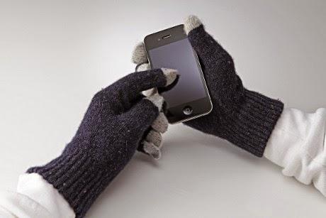 Ini Alasan Ponsel Susah Dioperasikan Pakai Sarung Tangan