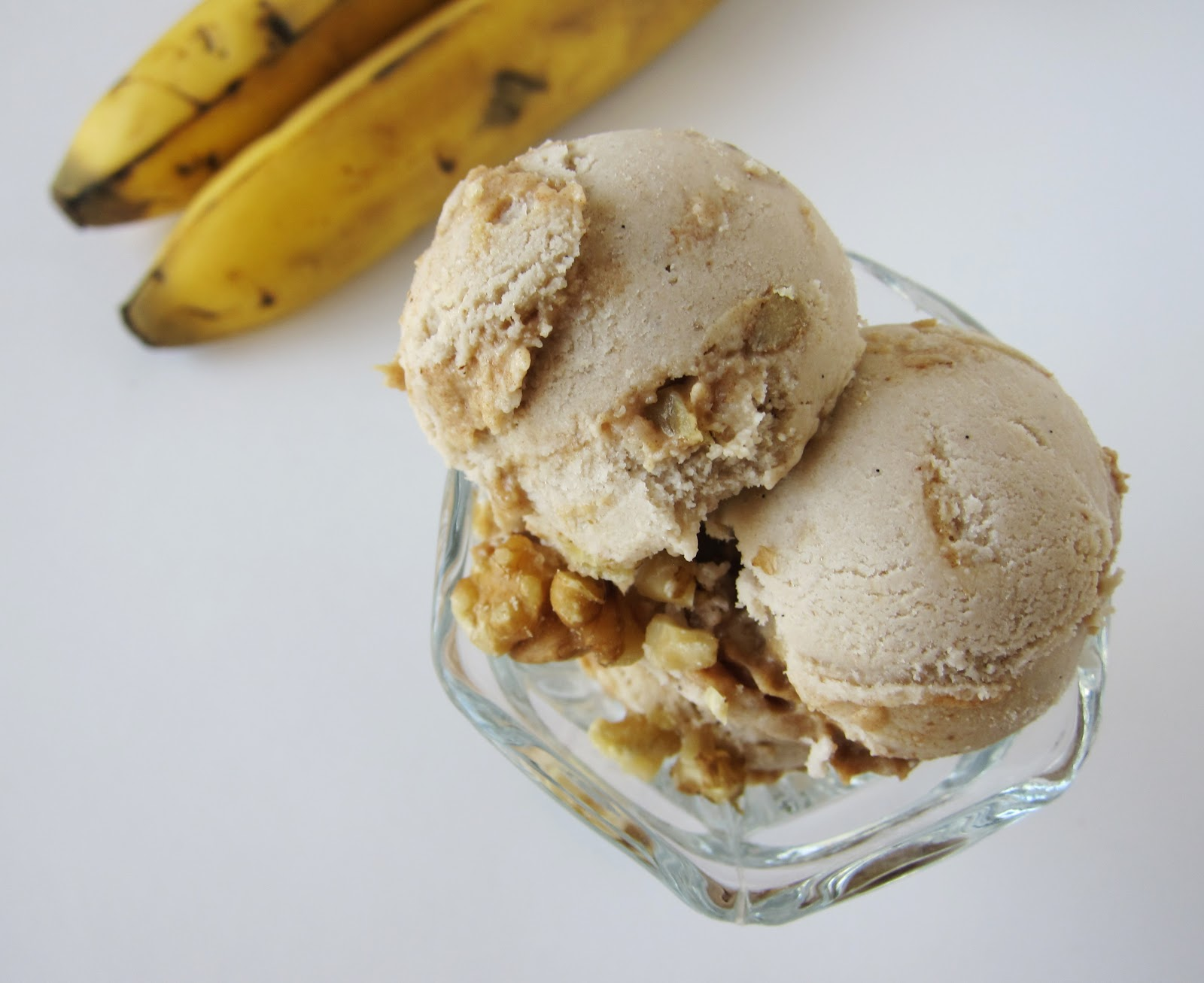 Raw Banana Caramel Walnut Ice Cream