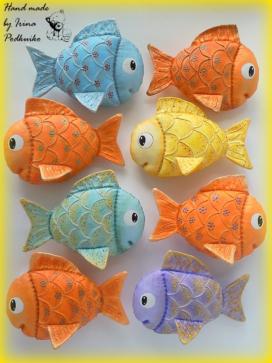 Разноцветные рыбки своими руками