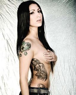 Foto tatuagens femininas com vários projetos