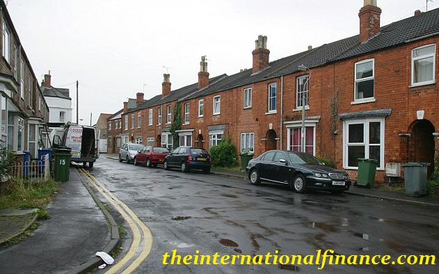 Buying A House In Lincoln, England When You Are Considering Children
