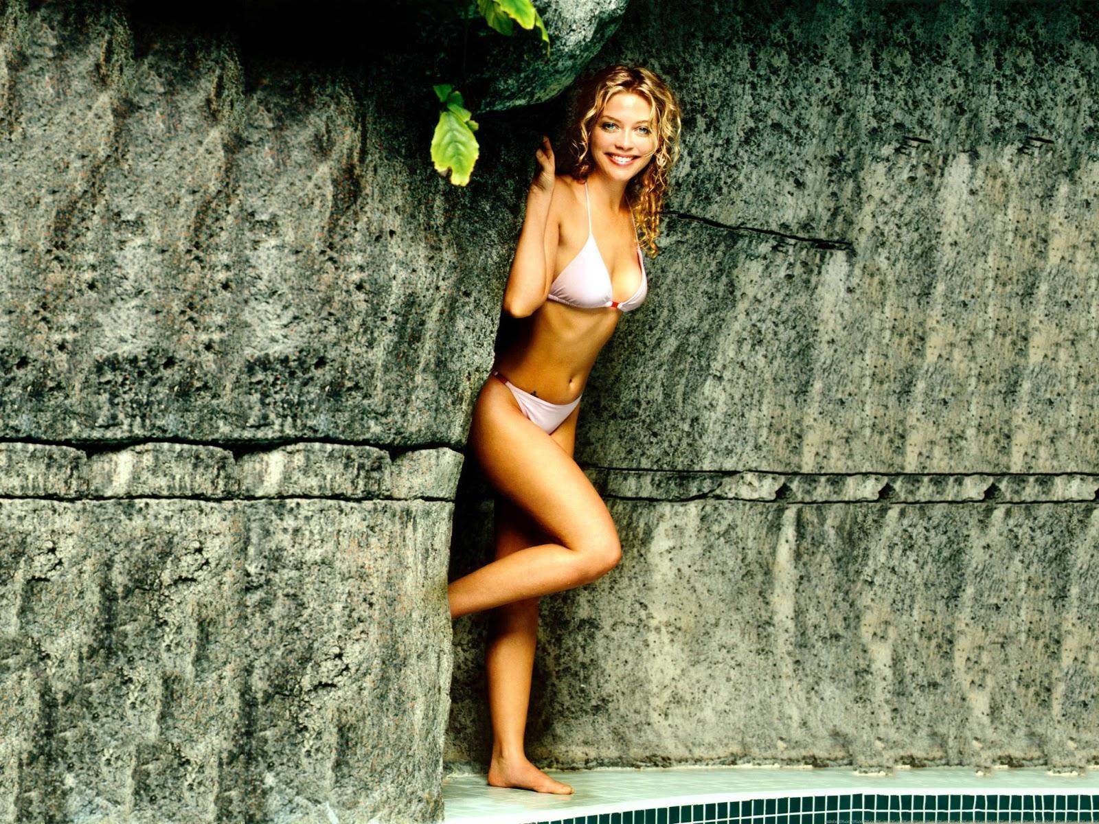 fucking-banging-nude-pics-amanda-detmer