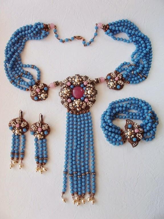 vintage stiilis ehted Eesti disainer käsitöö sinine roosa komplekt
