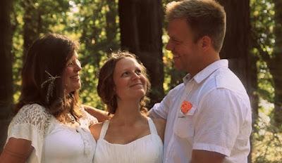 Pernikahan Poliamori Paling Kontroversial di Dunia